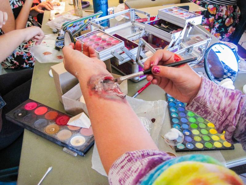 17 - Stage FX Makeup Camp